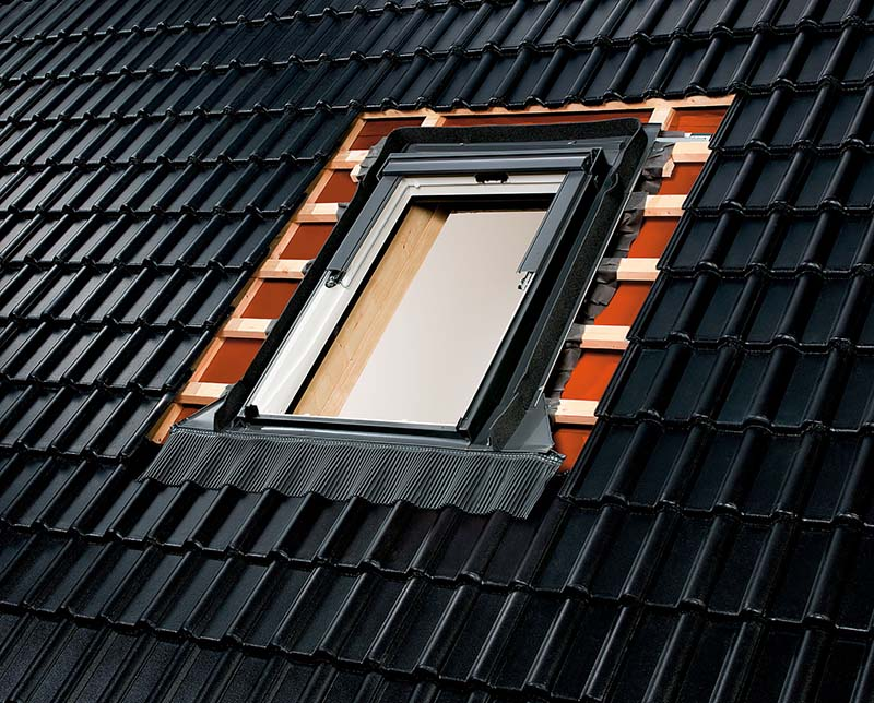 Dachfenster rudolf hoffmann dachdeckermeister zimmerei - Velux dachfenster einbauen ...